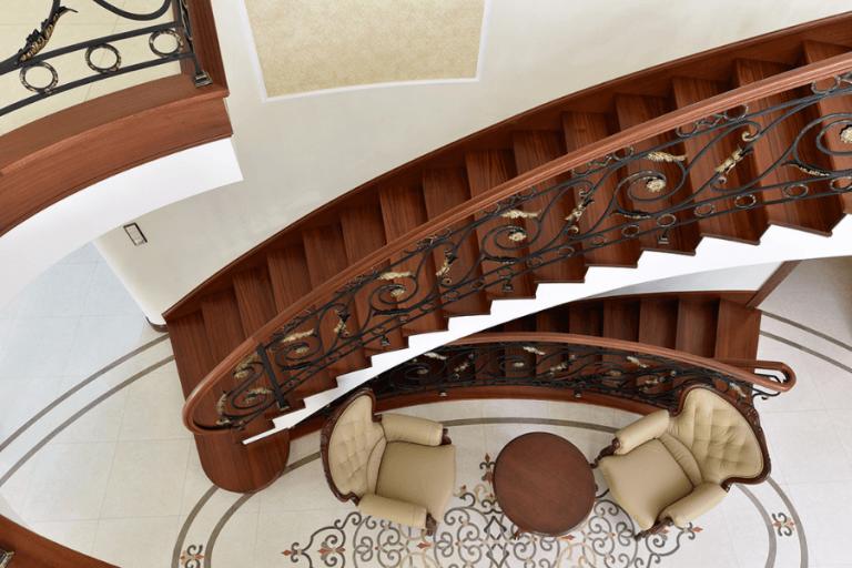 Balustrada-Eleganta-Fier-si-Lemn-AlcoGroup-