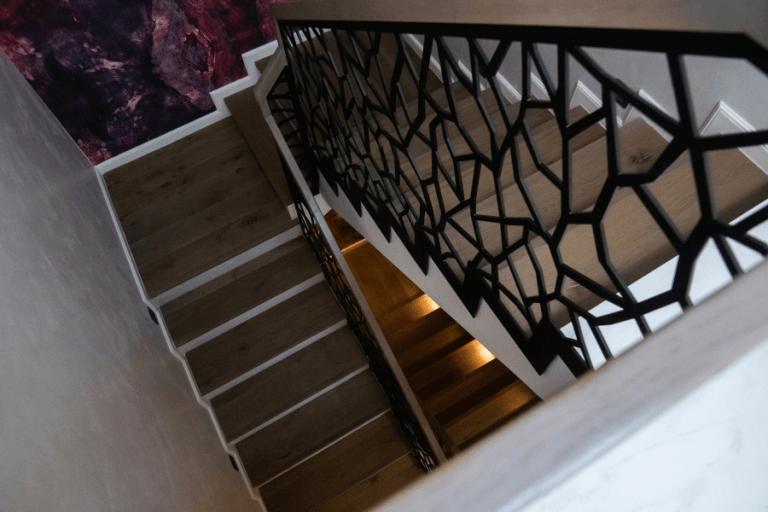 Balustrada-Moderna-Fier-Forjat-AlcoGroup-768x512